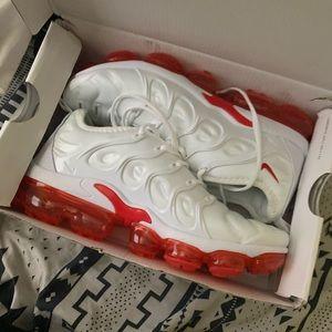 vapormax nike shoes